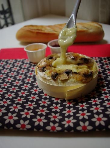 camembert rôti miel et champignons