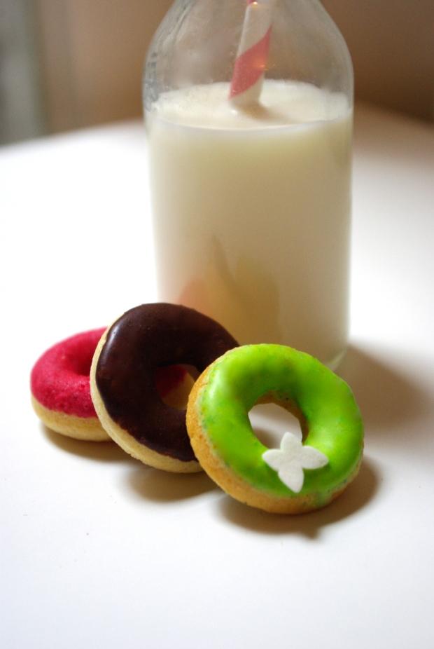 donuts pas gras mardi gras