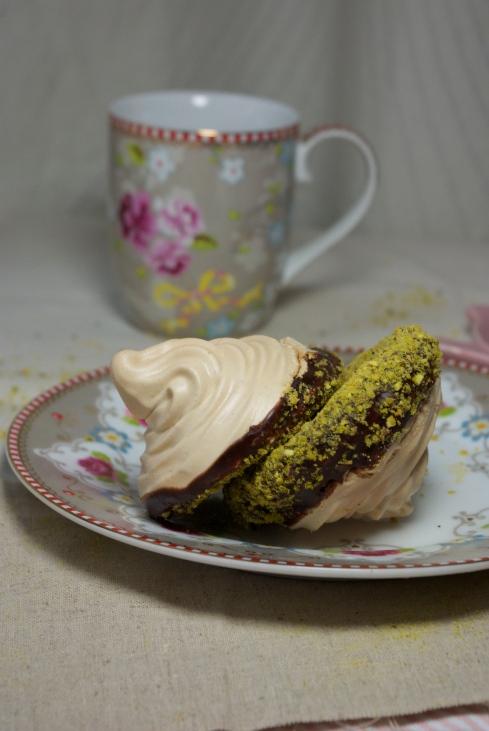 meringues chocolat pistache