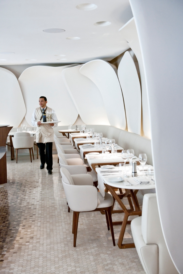 Mandarin Oriental, Paris - Le restaurant Camélia