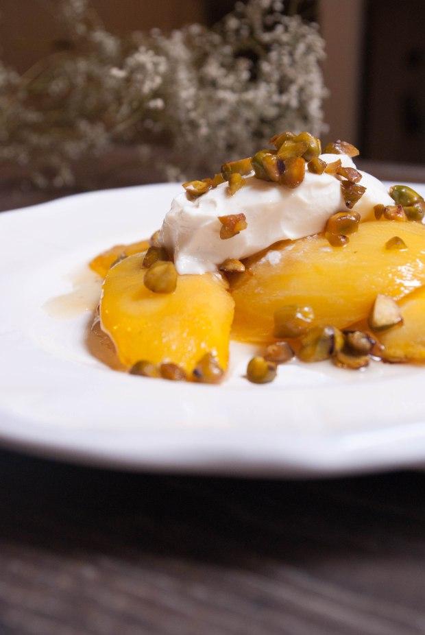 mangue rôtie ricotta pistache