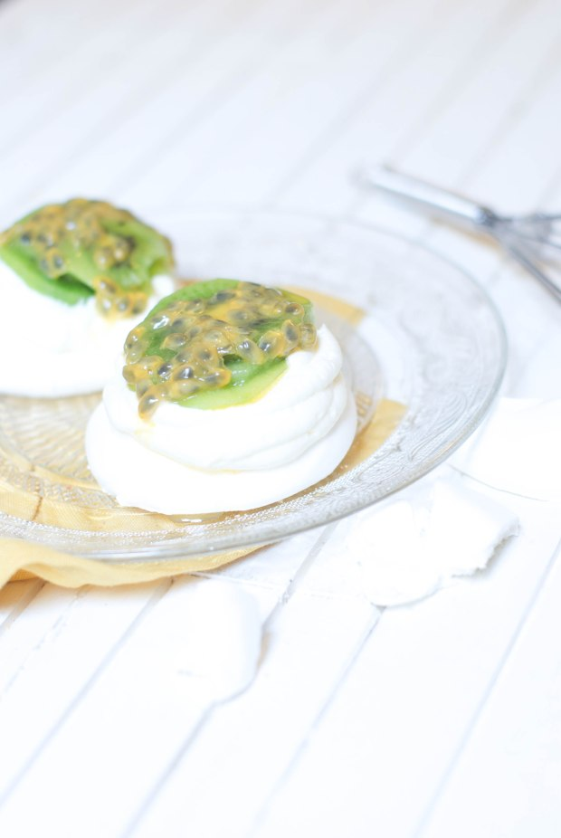 mini pavlovas kiwi fruits de la passion