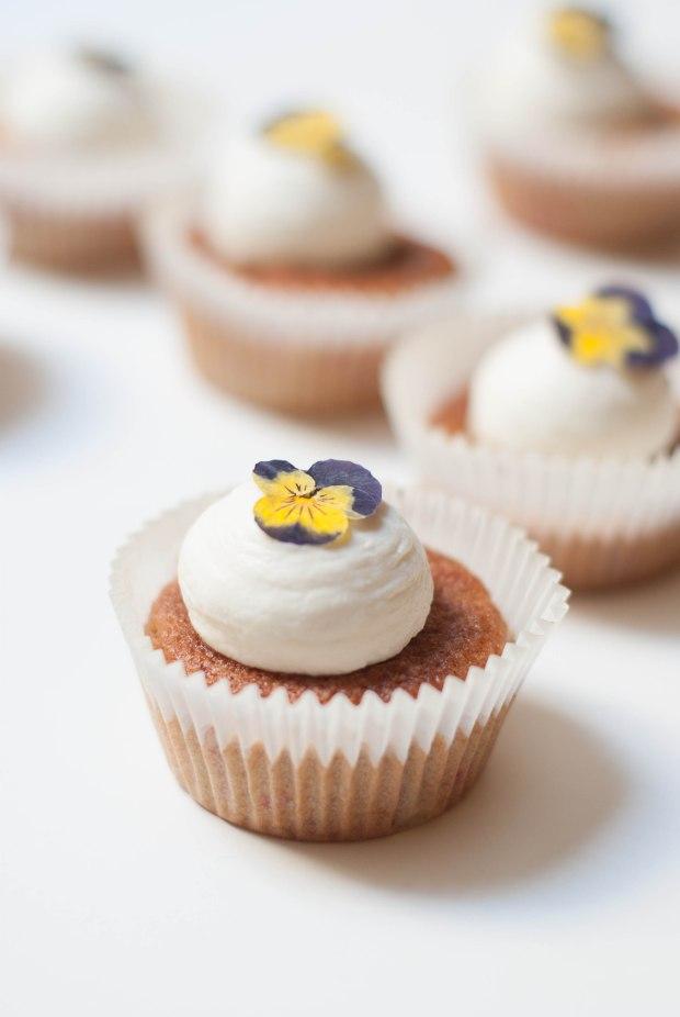 cupcakes framboises pensées-7214