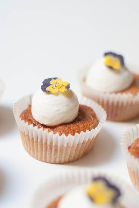 cupcakes framboises pensées-7237