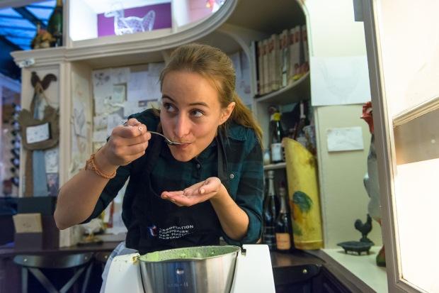 AFMR-La Brigade des Blogueurs. Les entrées. Marine (Marine is cooking) : tartelette salée champignons / parmesan