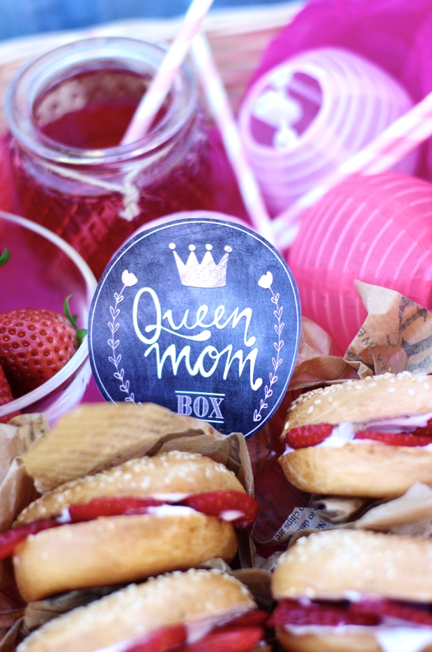 queen mom box bagels fraises