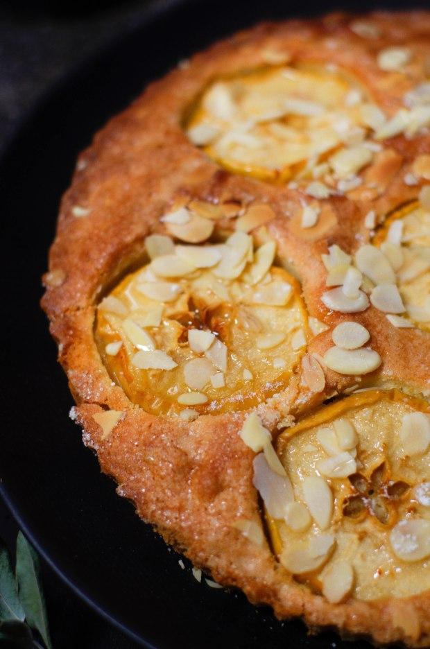 recette-tarte-pommes-amandes_
