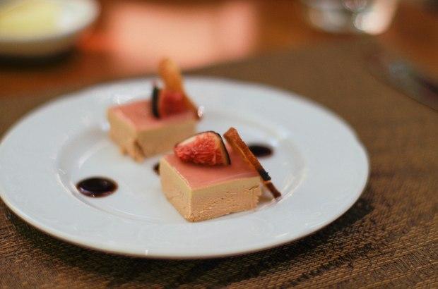 auberge-du-jeu-de-paume-jardin-hiver-foie-gras