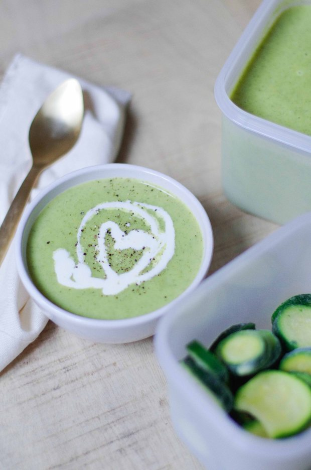velouté courgette tupperware